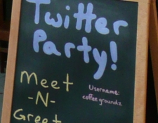 5 Small Businesses Using Twitter Right - Coffee Groundz