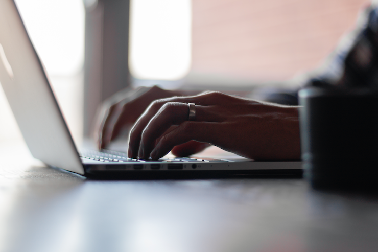 20 Websites to Help You Hire a Company Blogger