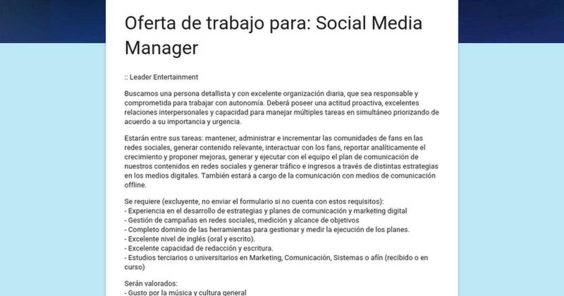 Anuncio en LinkedIn solicitando un Social Media Manager
