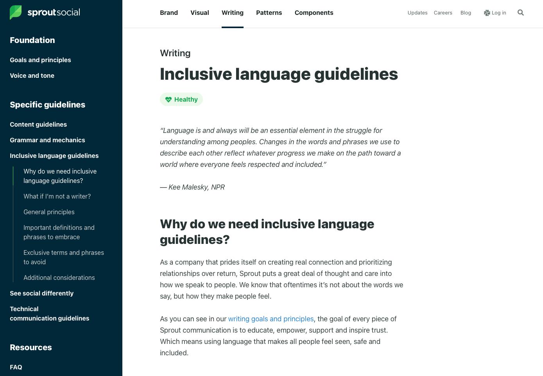 Captura de pantalla de la guía de estilo de Seeds de Sprout Social con una sección sobre pautas de redacción de lenguaje inclusivo